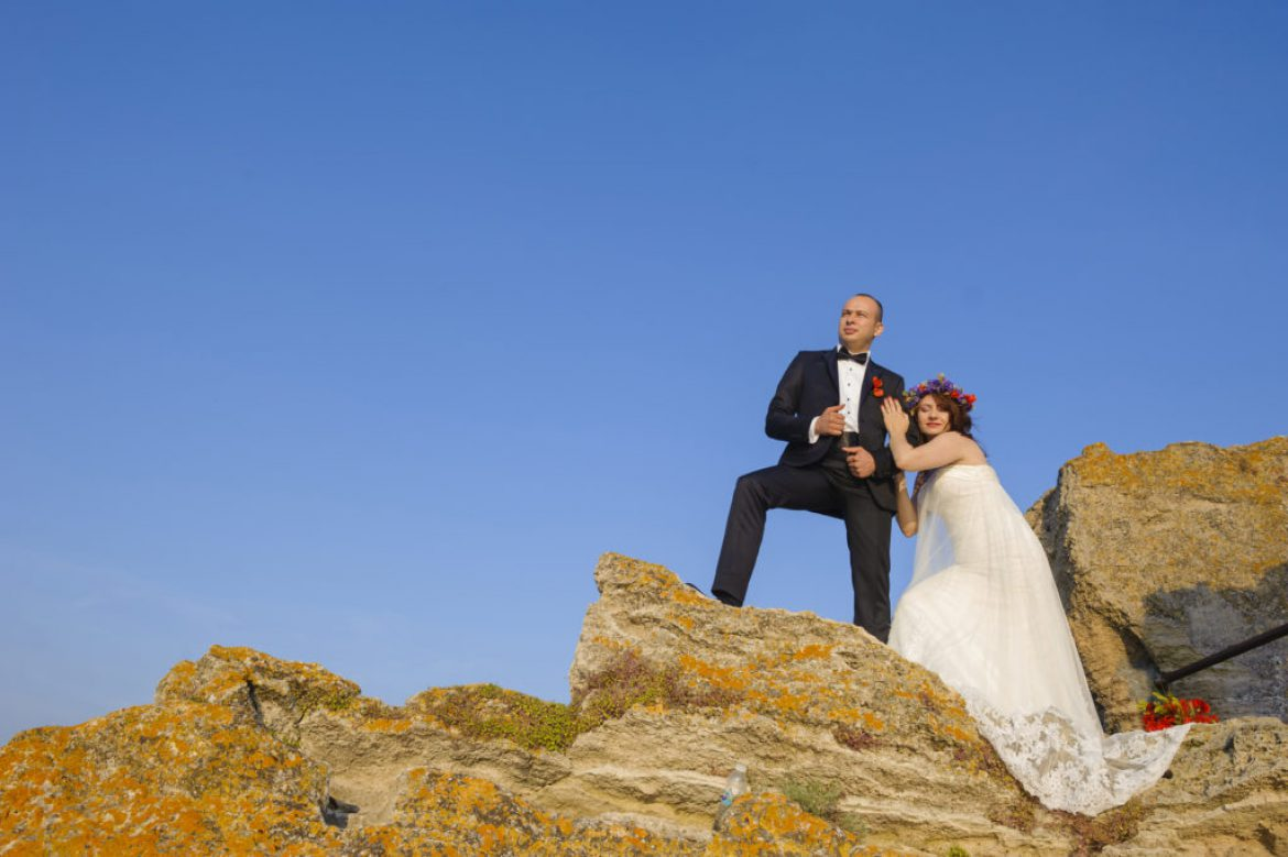 Sedinta foto Trash The Dress – Alexandra & Manuel – Cap Kaliakra, Bulgaria